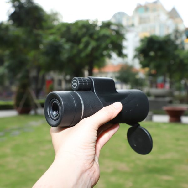 Starscope Monocular Telescope With Smartphone Holder & Tripod 2